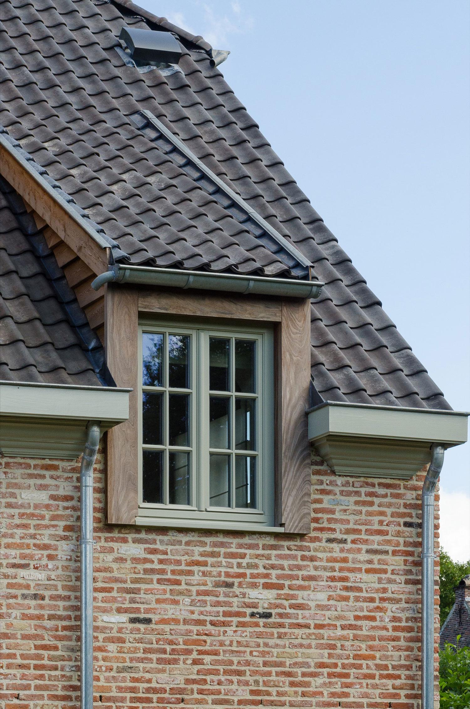Detail dakkapel karaktervolle, landelijke nieuwbouw
